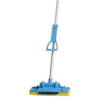 Oates Four Post Squeeze Mop